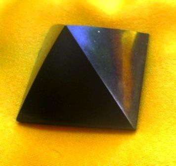 Pyramida - Šungit 3cm