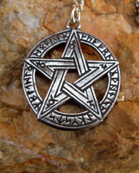 Pentagram s runami - tvůrčí inspirace, mystická energie a ochrana