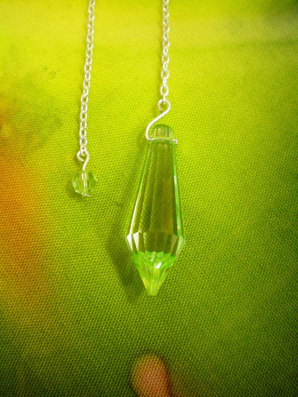 Siderické kyvadlo - 4 Briliant - zelené křšťálové sklo