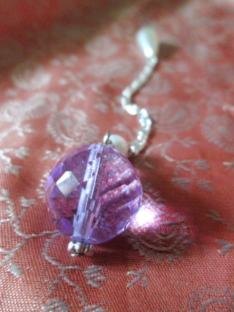 SRT kyvadlo - z broušeného skla - fialové - střední