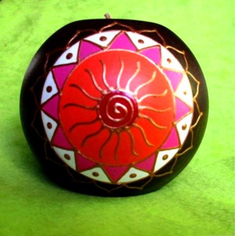 Svícen šamanské slunce - hnědý - 9 cm